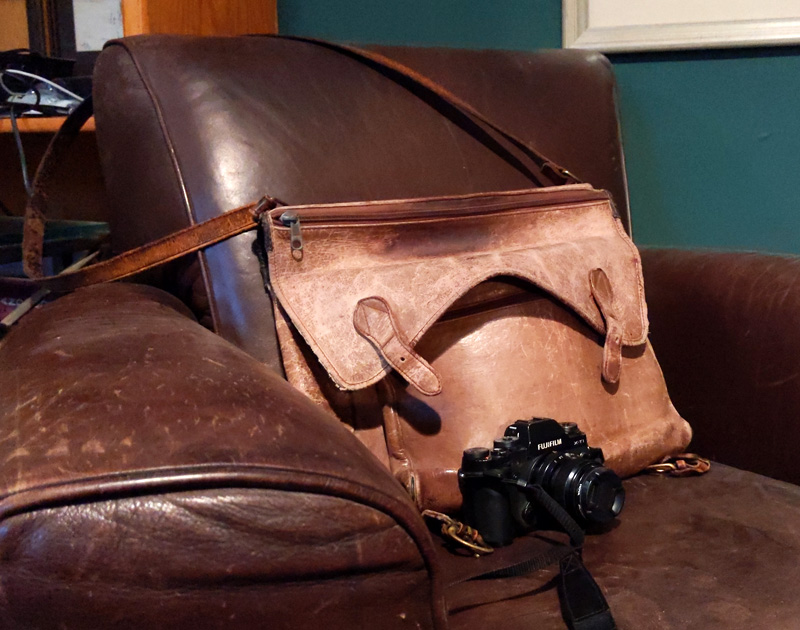 Camera Bag 01.jpg